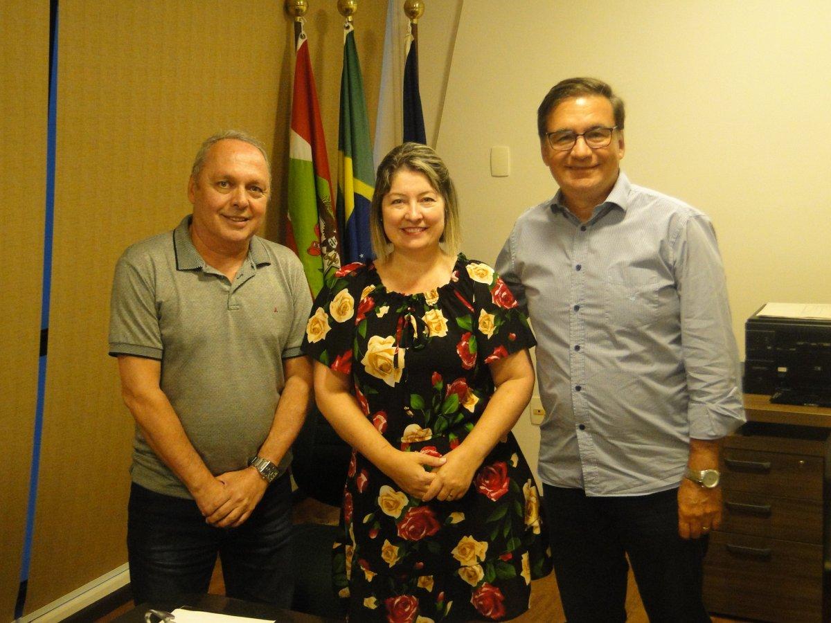 Economista Ivoneti Ramos assume a presidência do Corecon-SC - Corecon/SC
